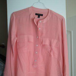 Banana Republic NWOT 100% SILK blouse XS